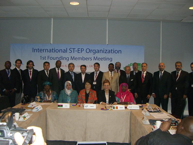 Întâlnire cu fundația ST-EP