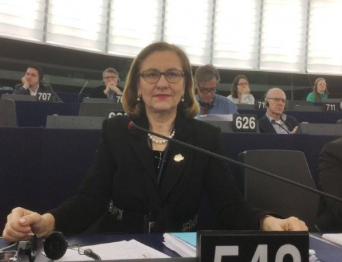 După o întâlnire cu reprezentanții  ESMO, Maria Grapini a primit și acceptat propunerea de-a fi co-organizator al unui eveniment medical internațional de oncologie!