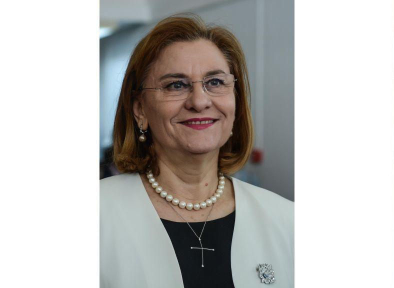 Maria Grapini, sprijin constant pentru artiștii din Tabăra de Creație Băile Călacea!