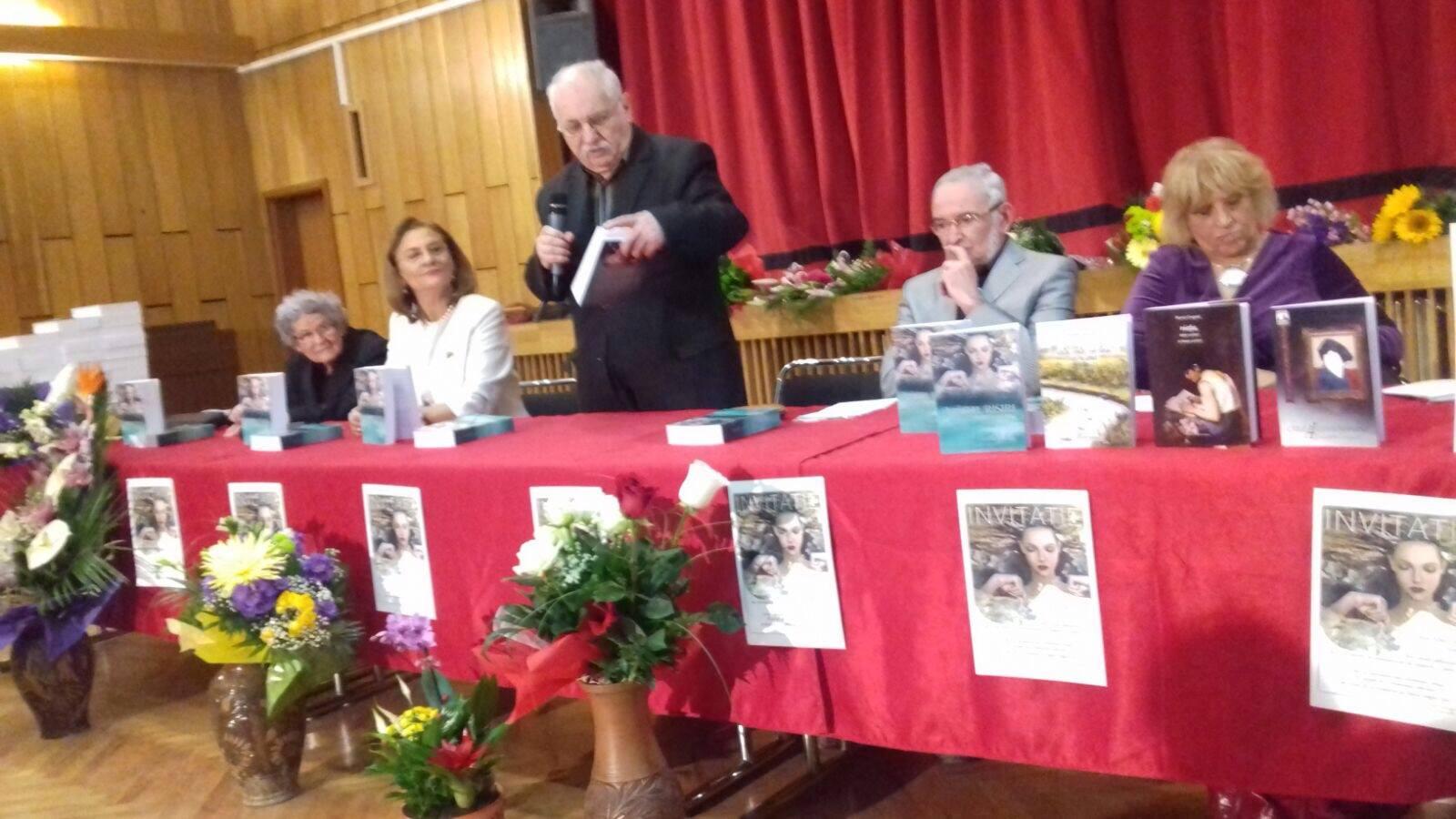 Maria Grapini a… mărturisit credința de-a fi om al cetății, într-o lansare de carte impresionantă!