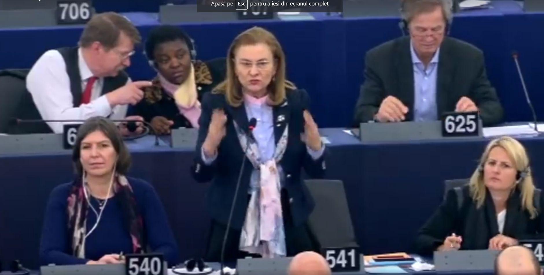 """Contre dure în PE, între Maria Grapini și Laszlo Tokes: """"Domnul Tokes ar trebui să-și ceară scuze pentru afirmațiile făcute!"""""""