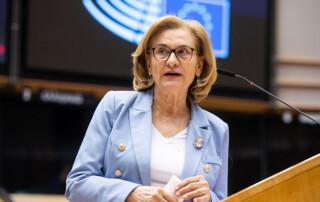 Eurodeputatul Maria Grapini critică oferirea de stimulente pentru vaccinați